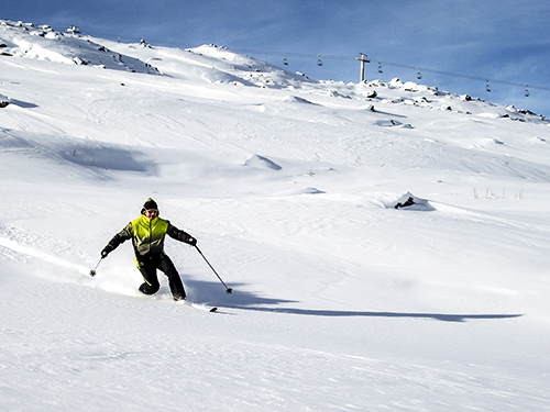 off-piste telemarking in megeve, english russian speaking telemark instructor